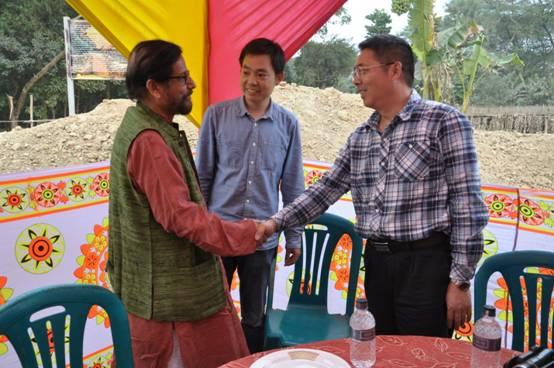21、孟加拉国文化部长Noor先生会见郭伟民所长.JPG