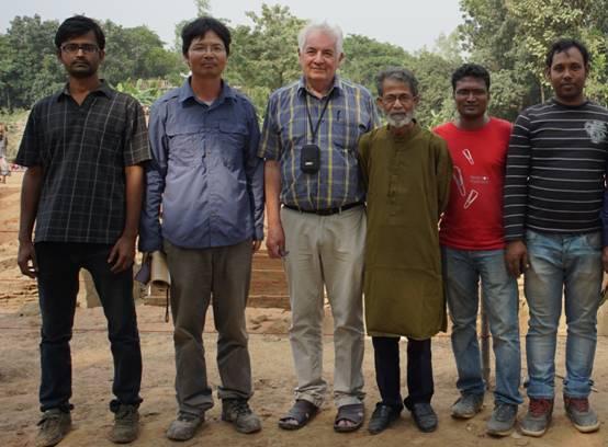 25,联合国教科文组织考古学家David先生、资深考古学家Hossain先生访问考古工地。.JPG